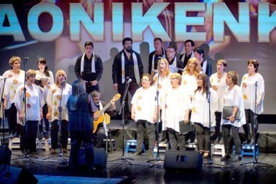 El Coro Aonikenk en Caleta Olivia