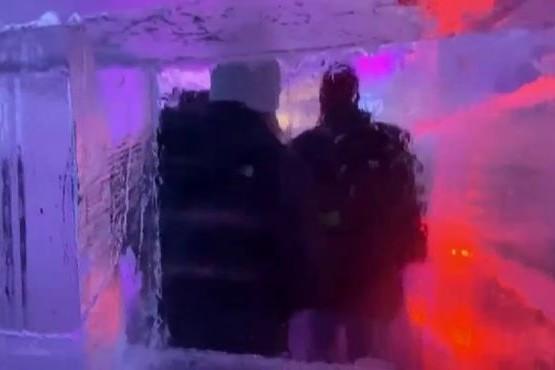 El laberinto de hielo que es furor en Estados Unidos
