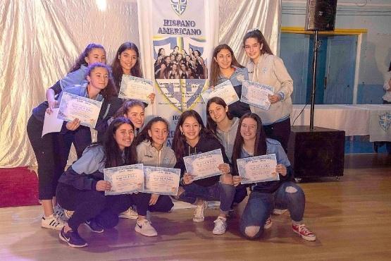 Las chicas de hockey son campeonas argentinas.