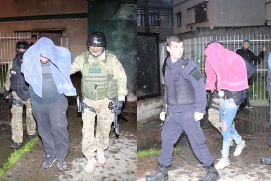 Los sujetos fueron trasladados a la Comisaría Primera (Fotos: C.G.)