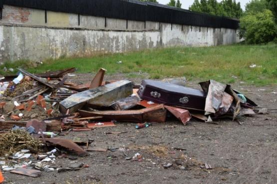 El Municipio inició tareas de limpieza y retiro de escombros
