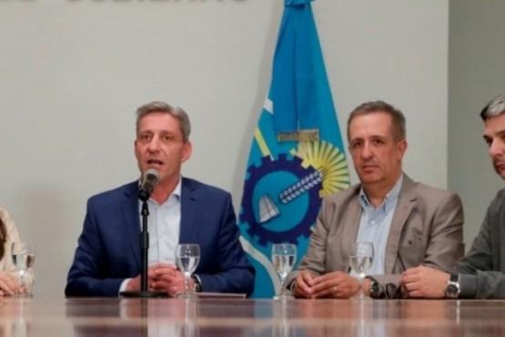 Arcioni se reúne con el Ministro de Economía de Nación