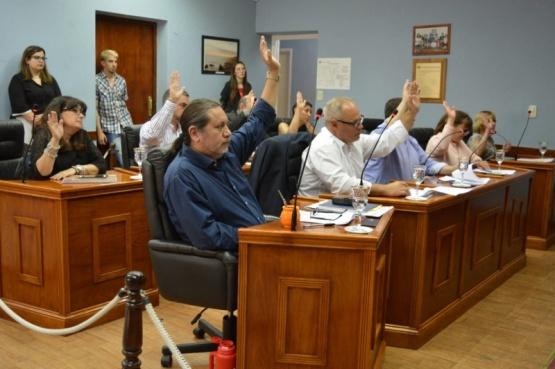Concejales de Rawson se oponen a la extensión al mar del municipio de Trelew.