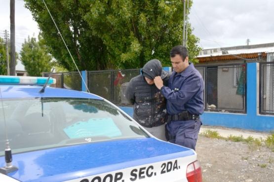 El sujeto fue trasladado a la Comisaría Segunda. (Foto: C.R.)