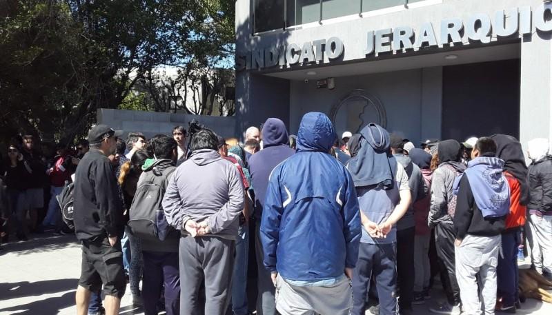 Trabajadores en el Sindicato de Jerárquicos. (VocesYApuntes)