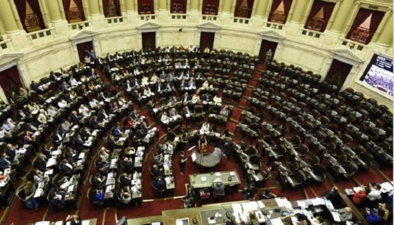 La sesión duró más de 24 hs en el Congreso.