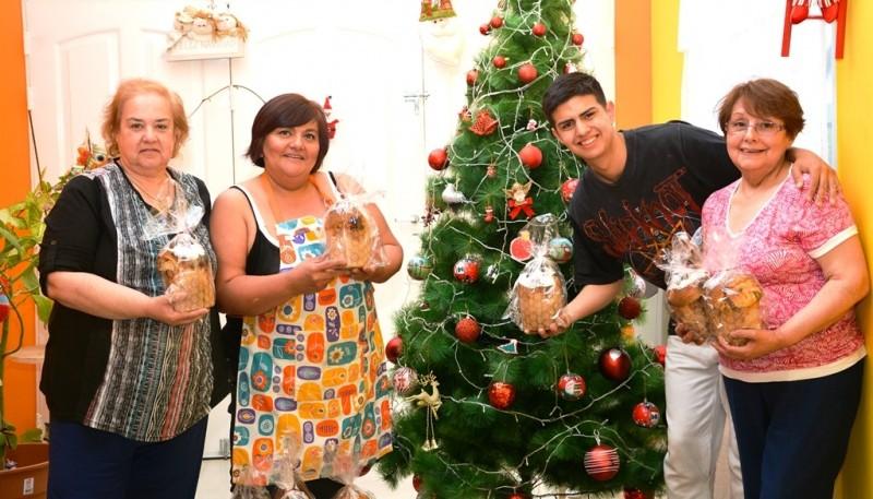 Mauro y su familia solidaria (F.C)