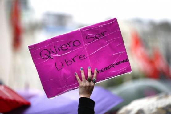 Apoyo psicológico, jurídico y social a víctimas de violencia.