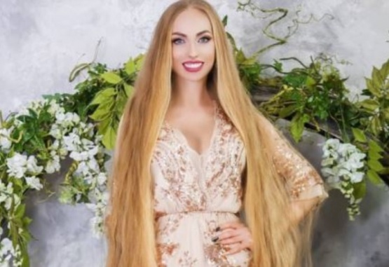 """Una joven de 34 años no se corta el pelo desde los 5 y es vista como la """"Rapunzel real"""". Foto: Unilad"""