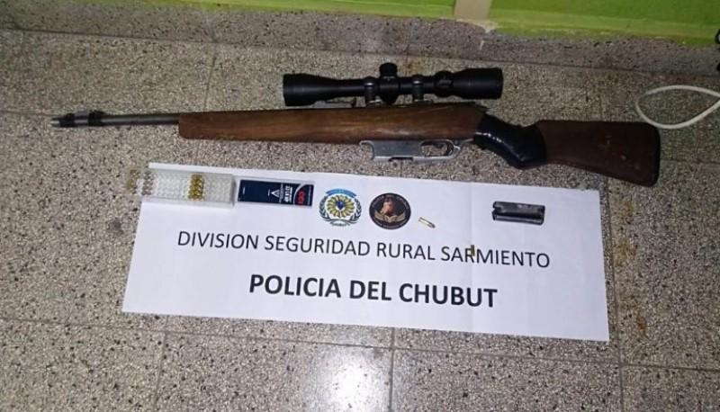 Detenido por tenencia de arma e infracción a la ley de fauna