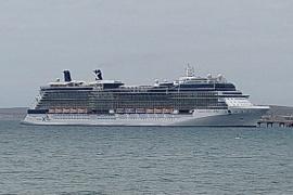 Con 4500 personas, llegó el Crucero Celebrity Eclipse a Madryn