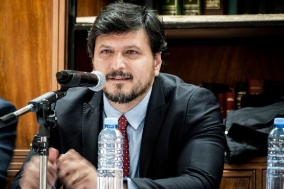 Mauricio Gómez Bull.