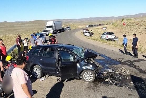 Seis heridos tras choque frontal en la Ruta 40