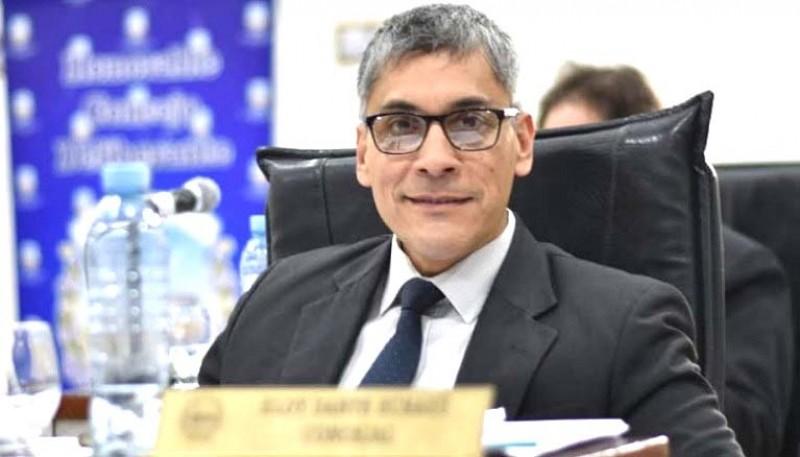 Eloy Echazú, en la banca del Concejo.