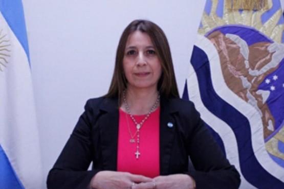 La secretaria de Coordinación del Municipio, Claudia Picuntureo,