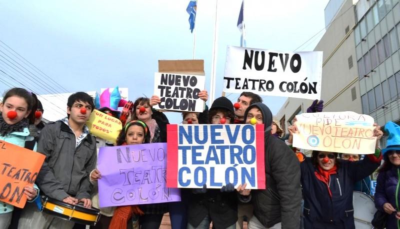Lamentan que aún esté cerrado el Teatro Municipal.