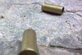 Otra vez a los tiros en el Abasolo y un menor herido