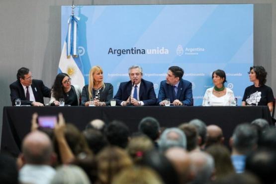 El presidente lanzó el Plan Nacional de Lecturas.