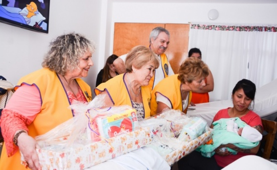 Agasajaron al recién nacido. (F.C)