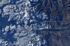 Everest viral: un astronauta publicó una foto desde el espacio y desafió a encontrarlo