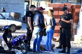 Extranjeros detenidos por tenencia de armas y cocaína