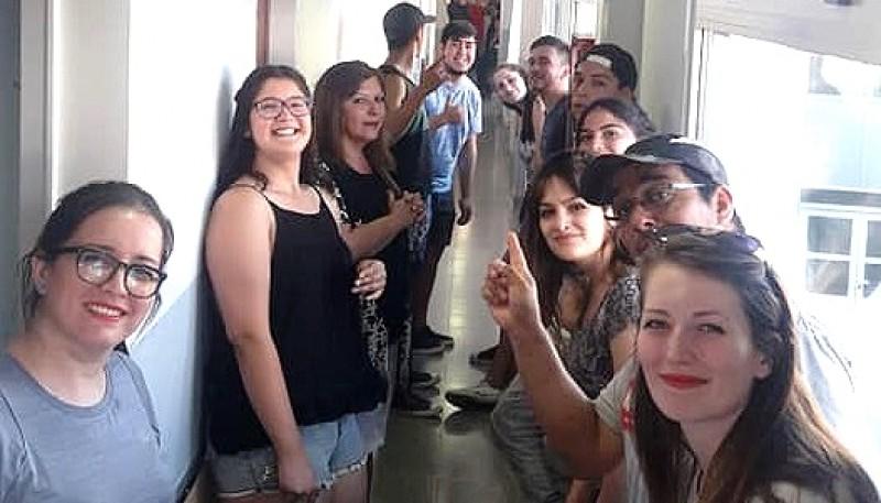 Los amigos visitaron a Elías en el hospital de Las Heras.