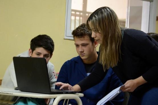 Inicia el taller de acompañamiento pedagógico para egresados de Primaria