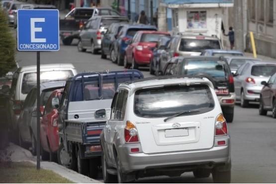 Estacionamiento concesionado en Punta Arenas.