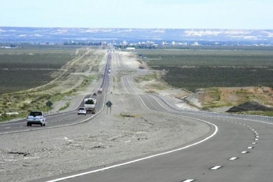 Doble vía sobre la ruta 3.