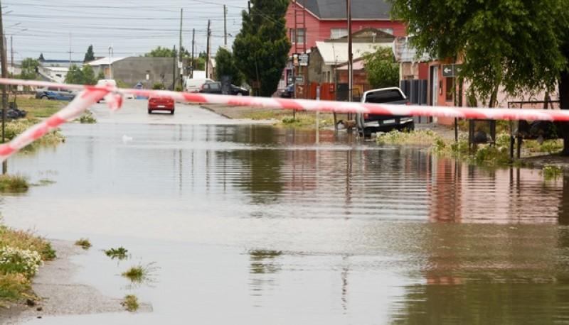 Calle inundada (Foto F.C.)