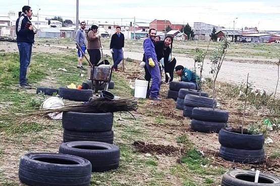 Una de las campañas realizadas por Quiero Un Río Gallegos Limpio