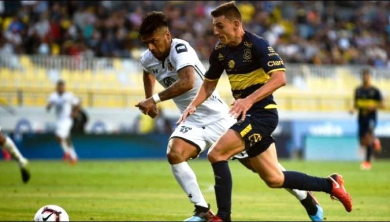 Cerato sigue en Everton de Chile.