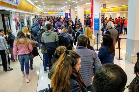 Disminuyó el tráfico de pasajeros  en la capital santacruceña en 2019