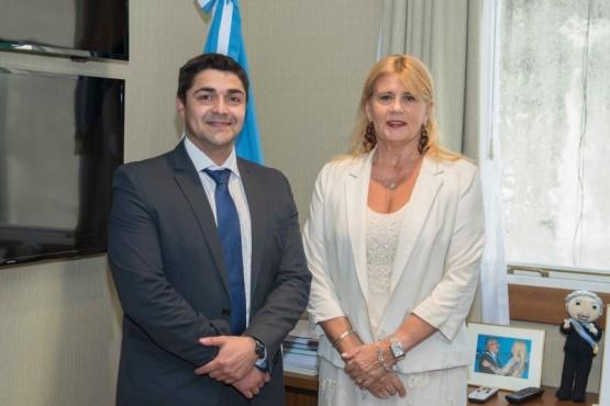 Lisandro De La Torre y Marcela Losardo.