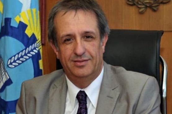 Ministro de Economía y Crédito Público, Oscar Antonena.