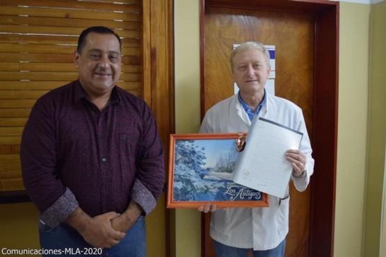 El Intendente Mercado junto al Director Ghisolfo.