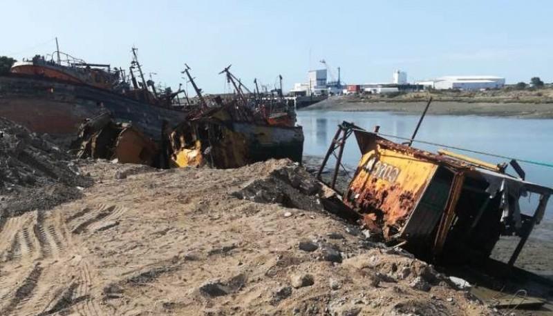Continúa el plan de limpieza en el Puerto de Rawson