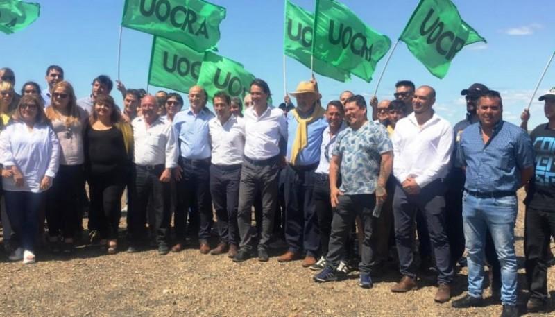 El encuentro de intendentes se realizó en Ramón Santos, el límite entre las provincias de Chubut y Santa Cruz.