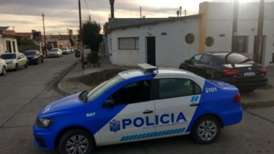 Policía en el lugar.