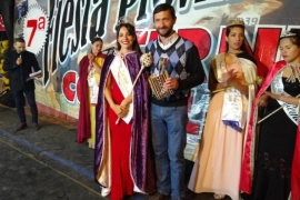 Ingram coronó a la Reina de la Fiesta del Ternero Cordillerano 2020