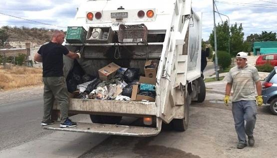 Un camión recolector de basura protagonizó un choque. (Foto Archivo)