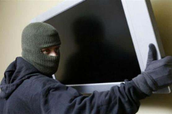Le sustrajeron un televisor de 49 pulgadas (foto ilustrativa).