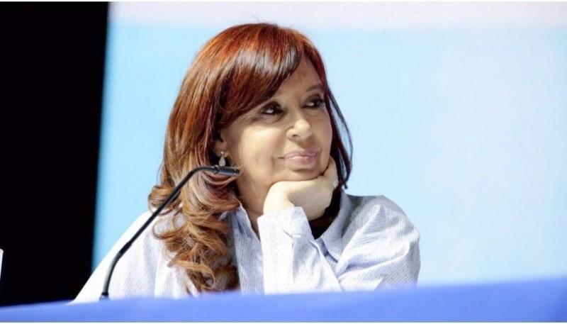 Cristina volvería con visita oficial a Santa Cruz.