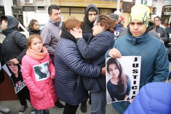 De la marcha en silencio participaron familiares y amigos. (Foto: C.G.)