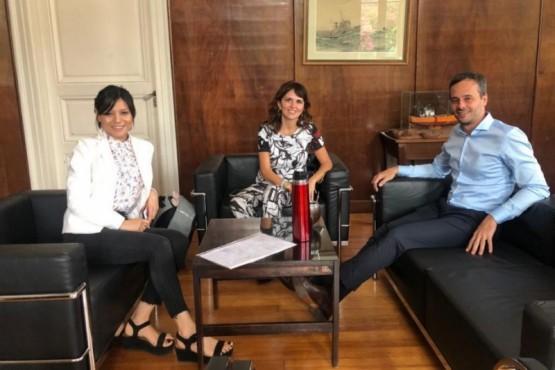 Reunión de Nación y Provincia.