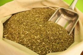 Prohíben el consumo de una yerba por contener bacterias