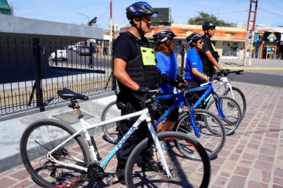 Inspectores en bicicleta.