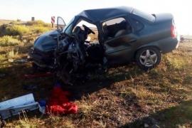 Choque frontal terminó con la vida de un joven y dejó cinco heridos