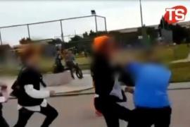 Jóvenes se pelean en la costanera y el video se vuelve viral