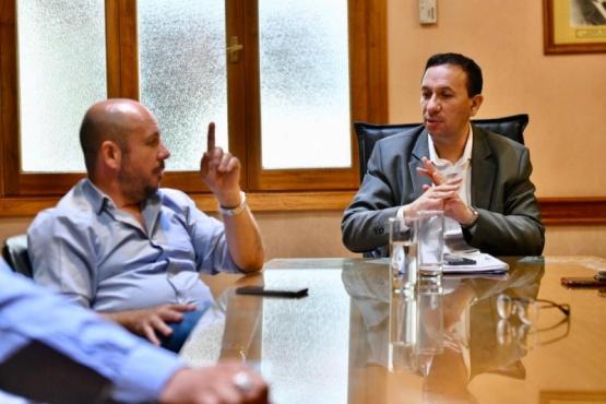 Ricardo Sastre junto a Adrián Maderna.